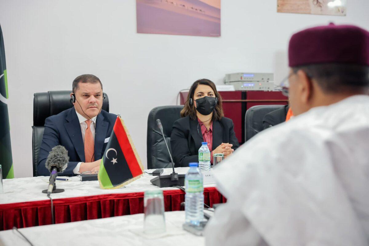 رئيس الحكومة يُجري مباحثات في النيجر