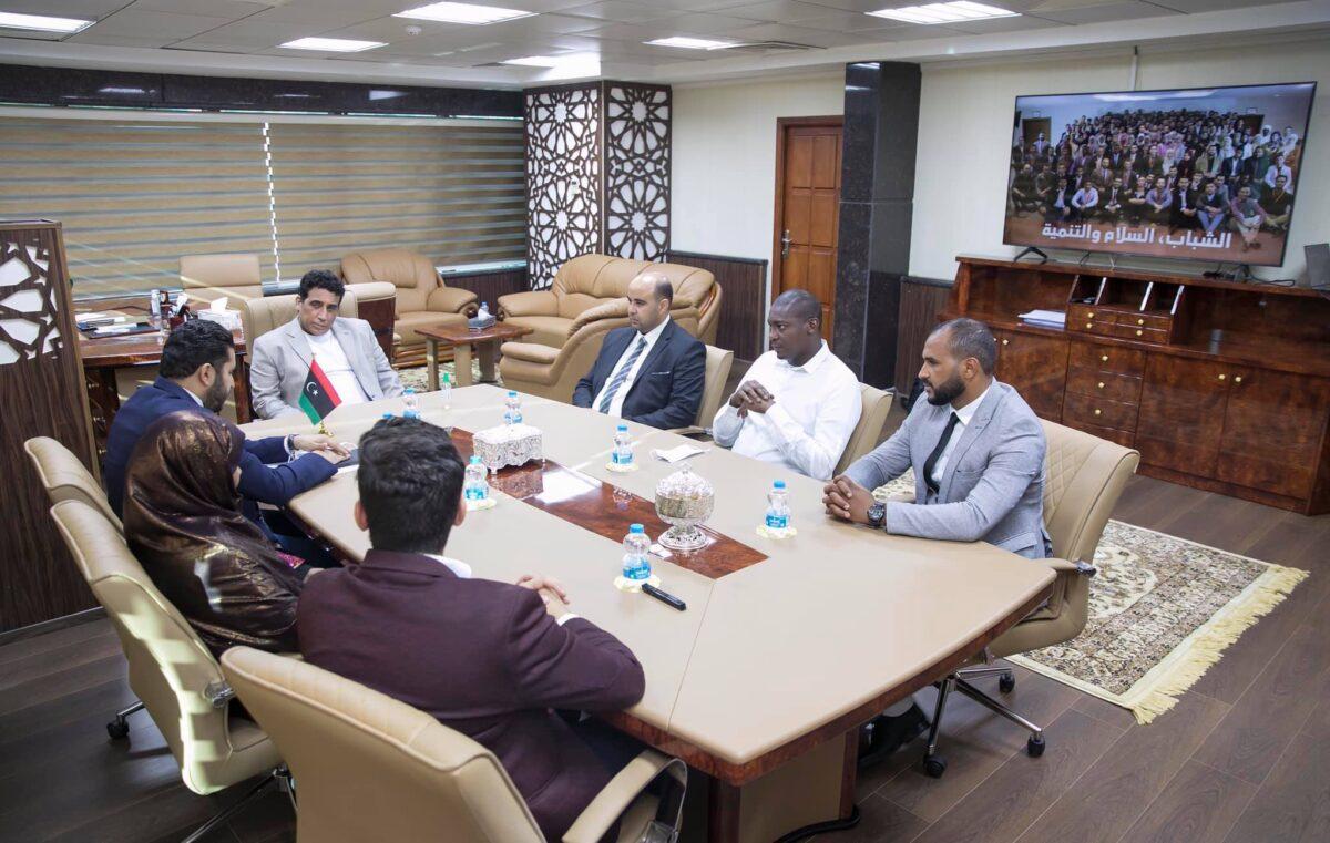 الرئاسي يبحث دور الشباب في تعزيز المصالحة الوطنية
