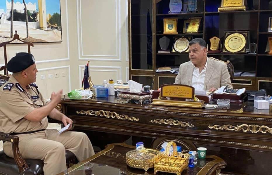 وزير الداخلية يُتابع سير العمل بجهاز المباحث الجنائية