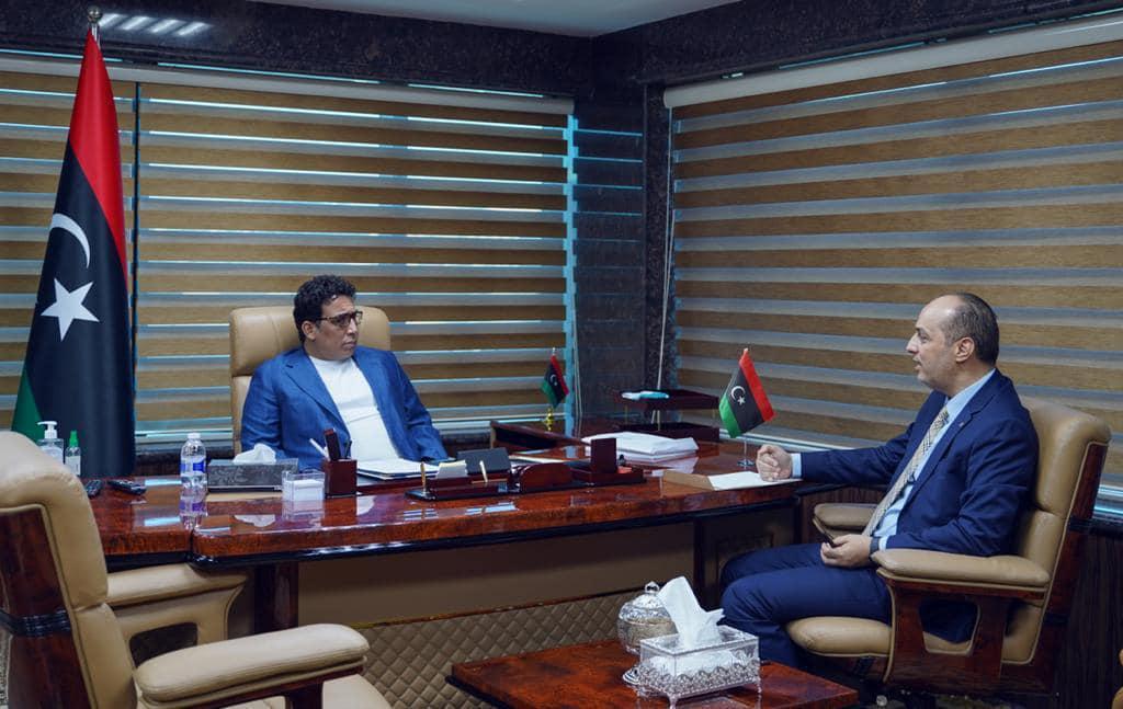 الرئاسي يُناقش قضية منح الجنسية الليبية