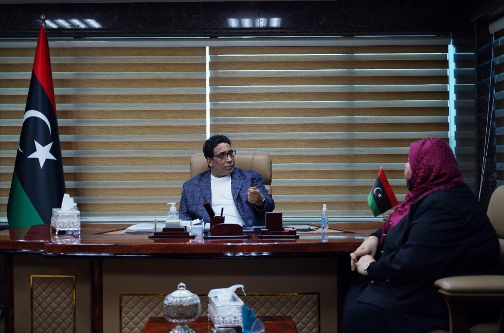 الرئاسي يُناقش ملف المشاركة السياسية للمرأة