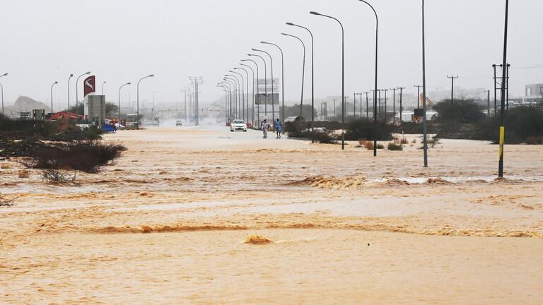 سلطنة عُمان تُعلن انتهاء خطورة إعصار «شاهين»