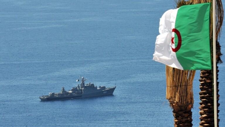 ما حقيقة مطاردة البحرية الجزائرية لغواصة إسرائيلية؟