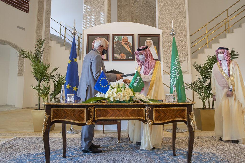 السعودية تُعلن دعمها لجهود منع إيران من امتلاك سلاح نووي
