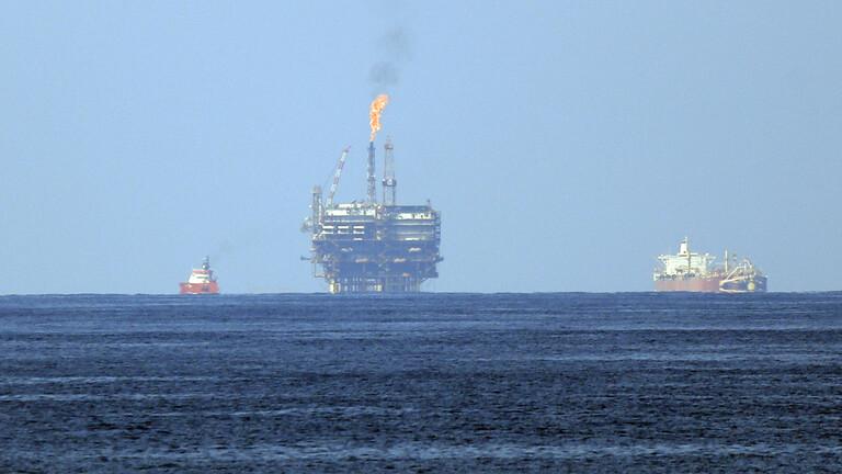 مؤسسة النفط تُعلن السيطرة على تسرب نفطي قرب خزان «فروه»