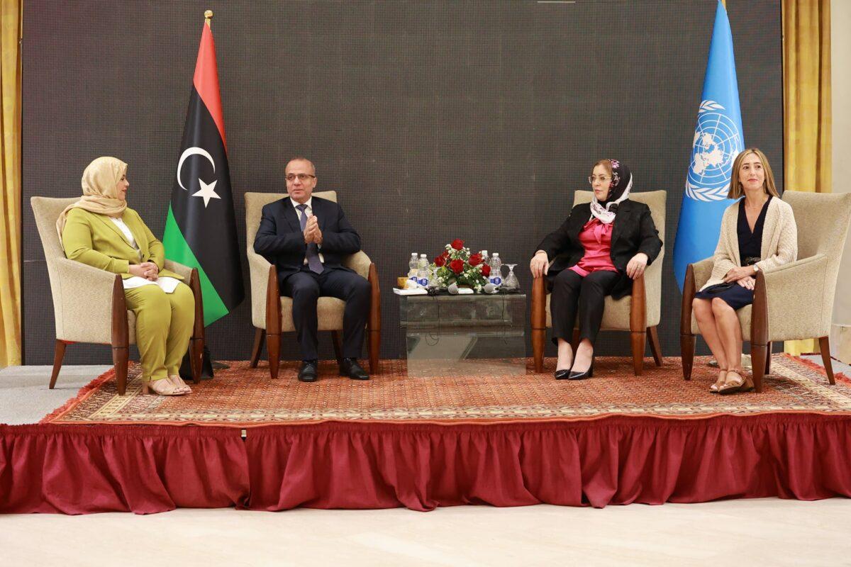 «اللافي» يدعو النساء للمشاركة في مشروع المصالحة الوطنية