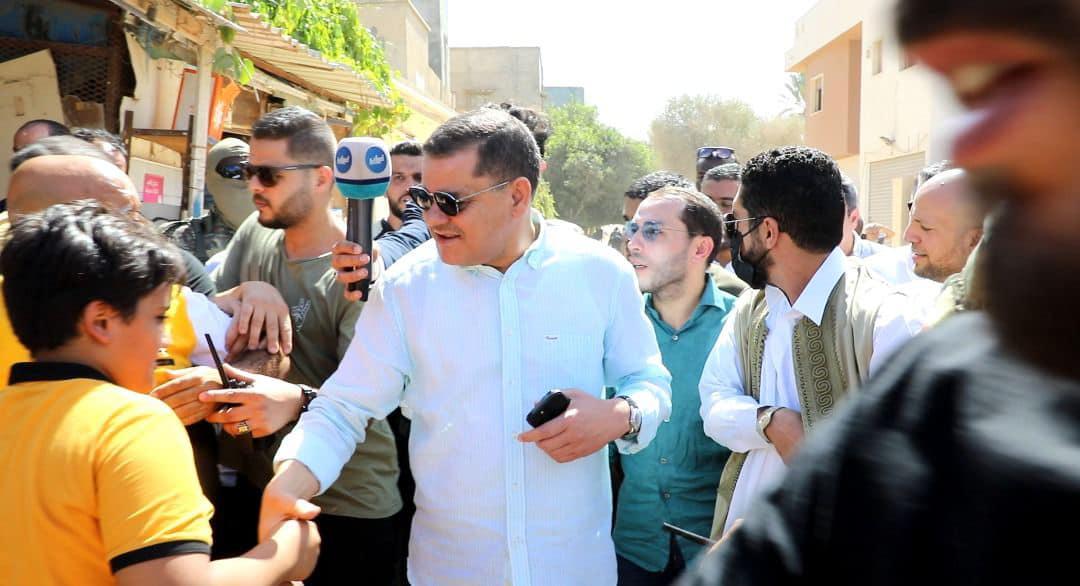 عقب الحملة الأمنية.. رئيس الحكومة يتفقد بلدية حي الأندلس
